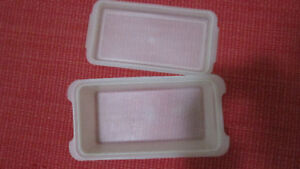 TUPPERWARE BREAD KEEPER CONTAINER VINTAGE