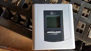 Thermostat électronique STELPRO STE402NP programmable jour-nuit+