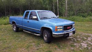 1996 GMC Sierra 2500 SLE Pickup Truck