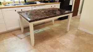 Kitchen/Dining Table Stratford Kitchener Area image 2