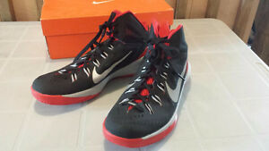 Men's NIKE Lunarlon Basketball shoes size 11.5 US