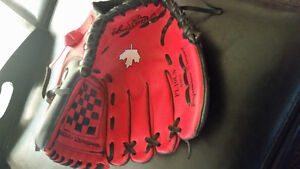 Rawlings 10 inch ball glove for sale!