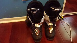 SKI BOOTS MINT CONDITION SIZE 26/26.5