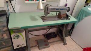 Machine a Coudre Singer Industriel A1 400$ 438-494-6323 Juditt