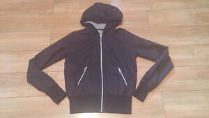 Ladies black lululemon jacket size 6