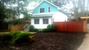 Rooms for Rent in South Windsor Home Near St Clair College