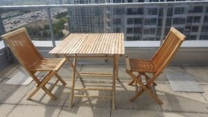PatioTable with 2 Chairs