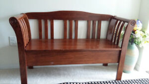 Wooden seat/chair