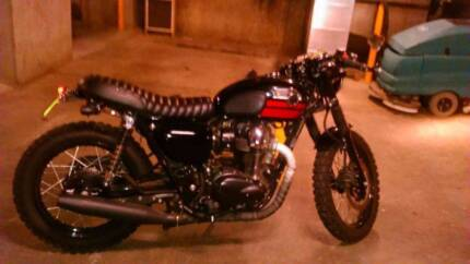 Almost New Deus Style Customised Kawasaki W800 Retro Cafe Racer Newtown Inner Sydney Preview