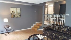 ***Apartment / Condo For Sale Cloverdale***