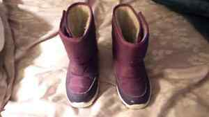 Joe Fresh size 10 girls winter boots