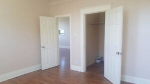 3 BEDROOM APARTMENT ON KING ST.BOWMANVILLE