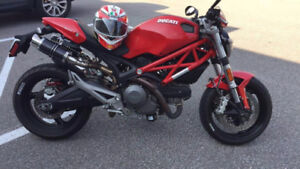 2011 Ducati Monster 696 For Sale or Trade ( Low KMs)