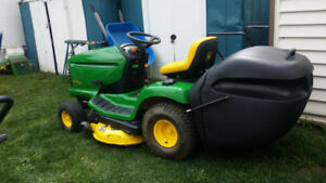 John Deere LTR180 lawn tractor with bagger A BEAUTY! FALL SALE!