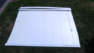 Blinds For Sale! (Smoke Free House) We Have 5 Different sizes!