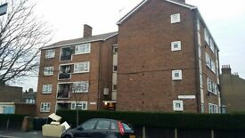 1 BED HOUSE CONVERSION FLAT: GROSVERNOR ROAD EAST HAM E6 1HE