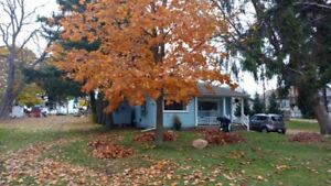 Short term Winter/ Spring Rental at the Lake. Fully Furnished.