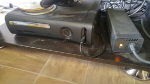 Special Xbox 360 with 2 controllers.