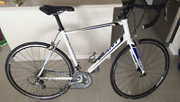Giant Defy 2 - Hardly Used