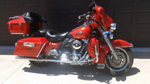 2006 Electra glide Classic stripped down or touring
