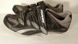 bike and spinning shoes women size 9 or 40 european