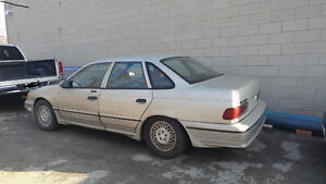 1989 Ford Taurus SHO Sedan