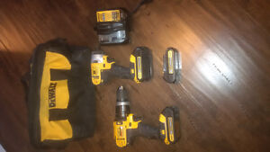 DEWALT 20-Volt MAX* Lithium-Ion Hammerdrill and Impact Driver Co