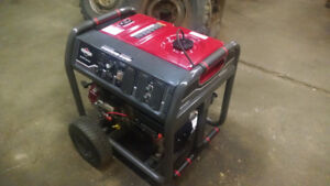Brand New Briggs & Stratton 10,000 Watt genset