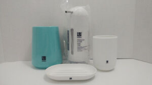 Umbra Bathroom set. Soap dish toothbrush holder Soap pump more