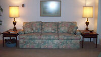 Like New -- 3-seater Sofa / Couch / Chesterfield