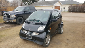 Black smart fortwo Turbo diesel.