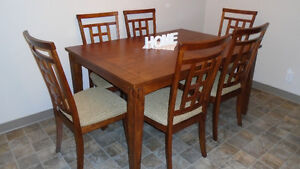 Dining Room Table and 6 Chairs-A Fantastic Offer