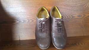 CAMPERS mens shoes size 10.5