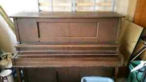 Player piano FOR SALE ....