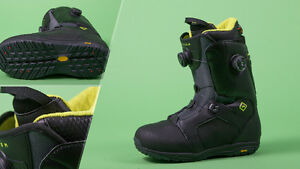 ROME SNOWBOARD BOOTS SIZE 11 - brand new in box