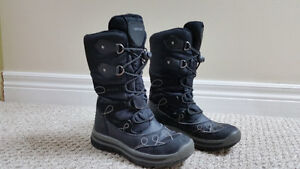 Geox Girls Winter Boot-Size 13
