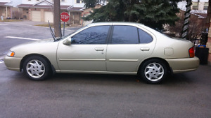 1999 nissan altima in great condition (177000km)