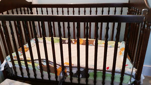 brown crib by Little Folks