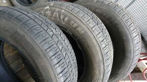 3 pneus 215 65 16