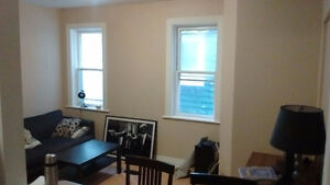 Spacious Room for Rent from Jan 1st Peterborough Peterborough Area image 2