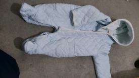 Snowsuit 6-9 months