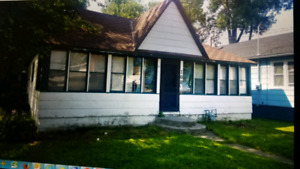 Cottage for Sale in Crystal Beach, Ridgeway - Fixer upper
