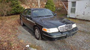2003 Crown Victoria LX In exellent condition, Never smoked in.