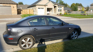 2006 Mazda3 Sport - Fully Loaded with Manual Transmission