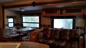 2011 TRAIL MASTER WELL TAKEN CARE OFF SLEEPS 7 OR 9 COMFORTABLY