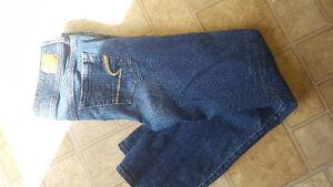 American eagel jeans