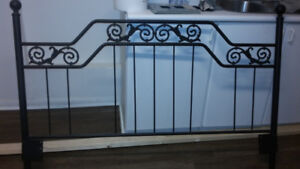 BED HEAD FRAME METAL KING SIZE