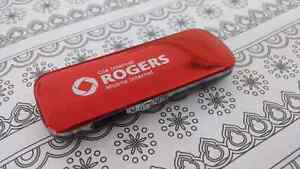 how to connect rogers rocket hub to cell phone