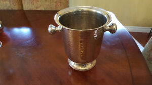 """Silver Plated """"Traditional"""" Ice  Bucket, LIKE NEW !"""