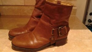 Nine west brown leather  boots , in great condition